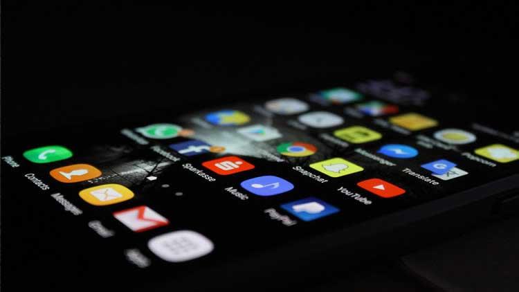 Alguns aplicativos podem rastreá-lo e segmentá-lo mesmo depois de desinstalá-los